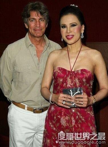 乌汶叻公主被逐出王室,离婚回国成娱乐时尚圈女王