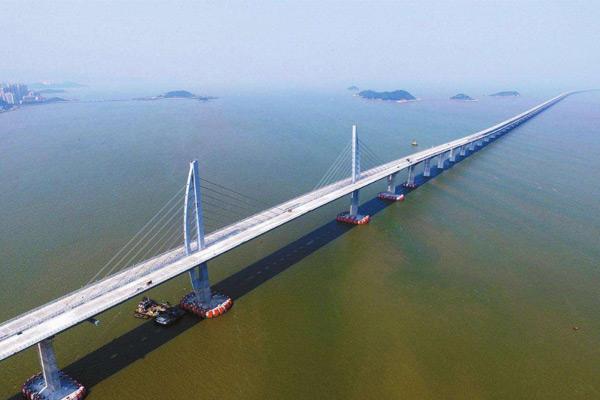 世界最长的悬索桥:丹昆特大桥