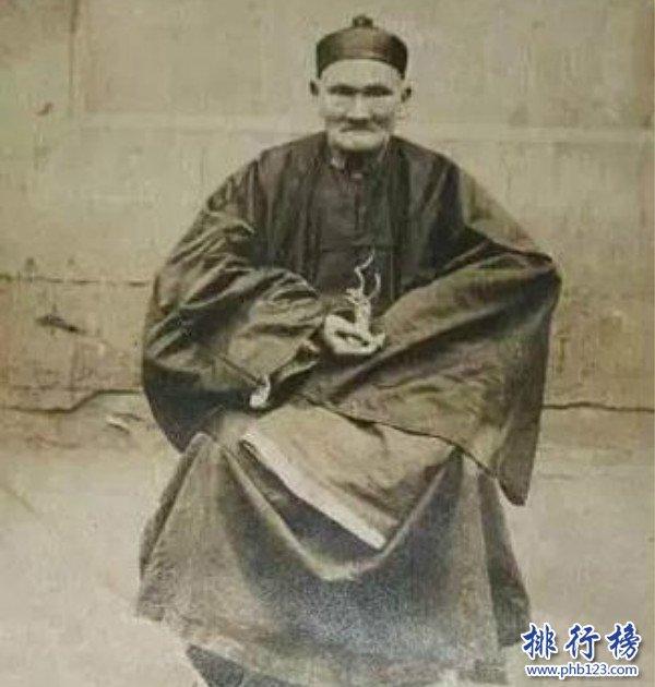 """世界上最年长的人排行榜,""""菜篮公""""陈俊活了四个世纪(443岁)"""