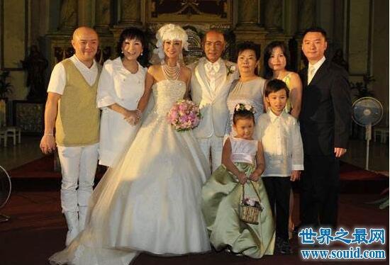 张卫健老婆张茜,曾因意外流产导致抑郁症
